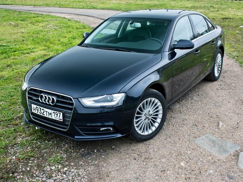 Audi_A4_2012