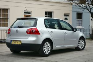 Volkswagen-Golf_2