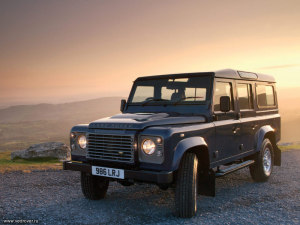 Land Rover Defender_0