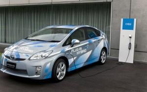 Toyota_Prius-Plug-In-Hybrid