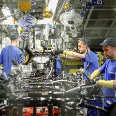 Автопром в Петербурге упал на 15%
