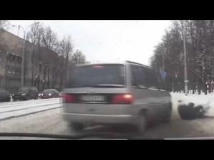 Милиционер спас ребенка